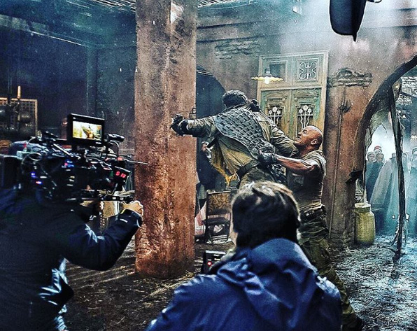 dwayne-johnson-releases-some-gritty-brawling-photos-from-jumanji2