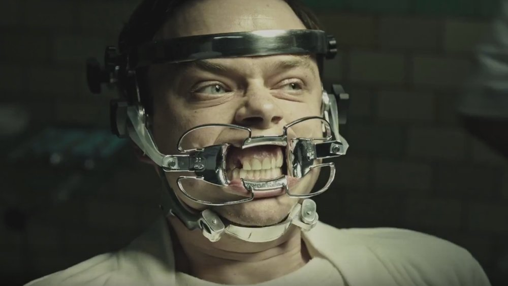 unsettling-and-eerie-international-trailer-for-gore-verbinskis-a-cure-for-wellness-social.jpg