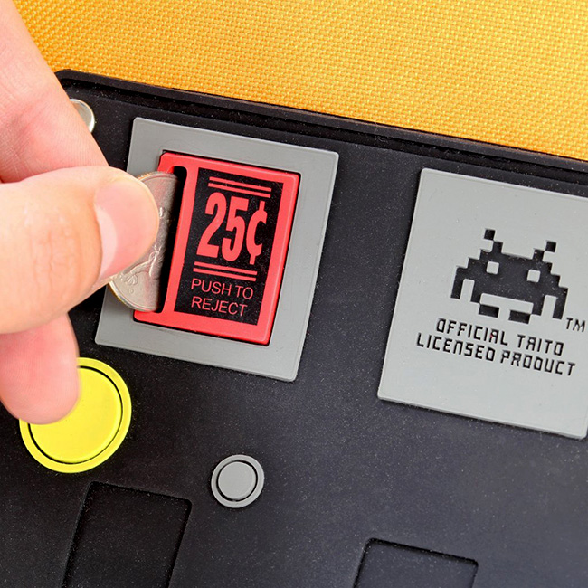 jpqi_space_invaders_backpack_detail.jpg