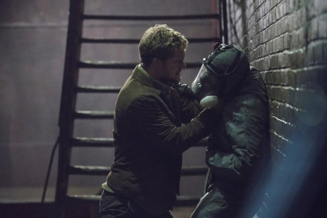 new-photos-from-marvels-the-defenders-feature-iron-fist-and-jessica-jones
