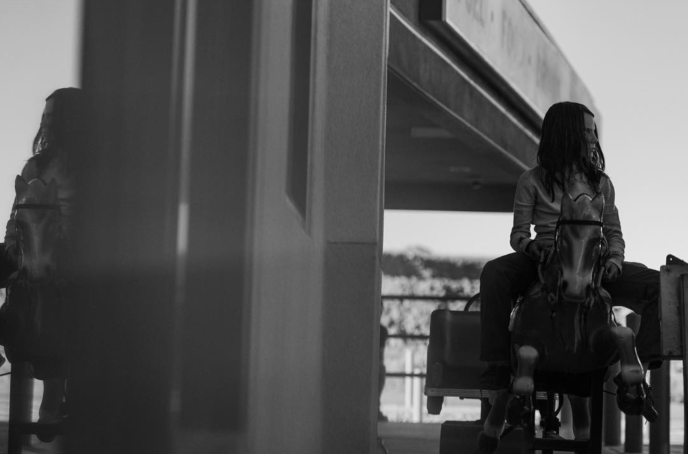 new-logan-trailer-debuts-tomorrow-plus-new-photo-of-x-2322