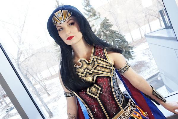 this-wonder-woman-cosplay-is-very-unique-and-beautiful1