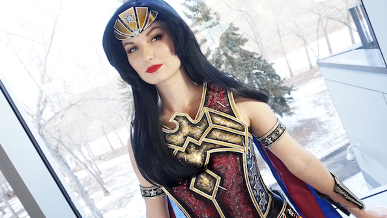 This Wonder Woman Cosplay Is Very Unique and Beautiful