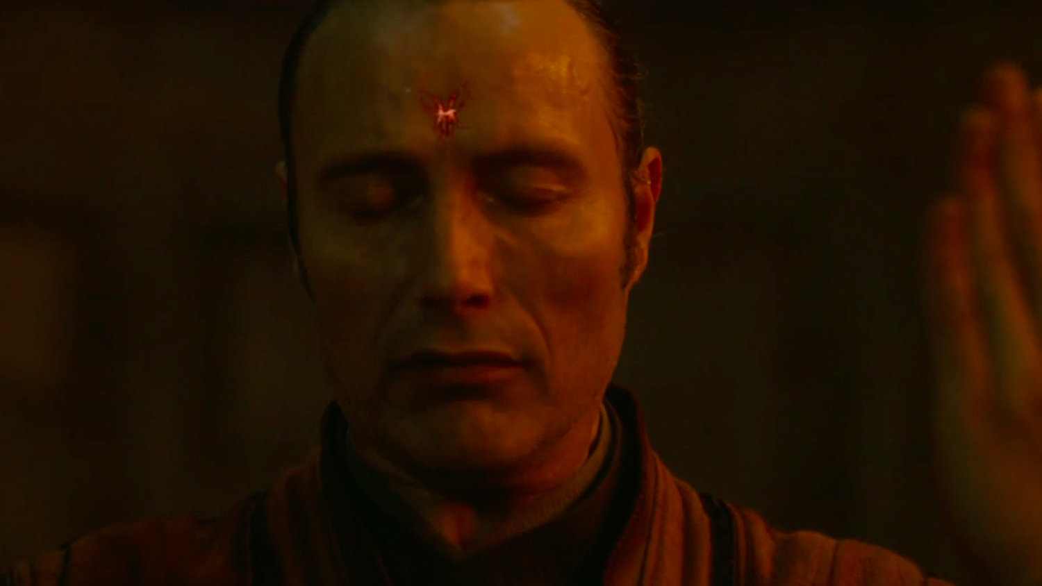 DOCTOR STRANGE Deleted Scene Shows Kaecilius and His Followers Being Marked by Dormammu