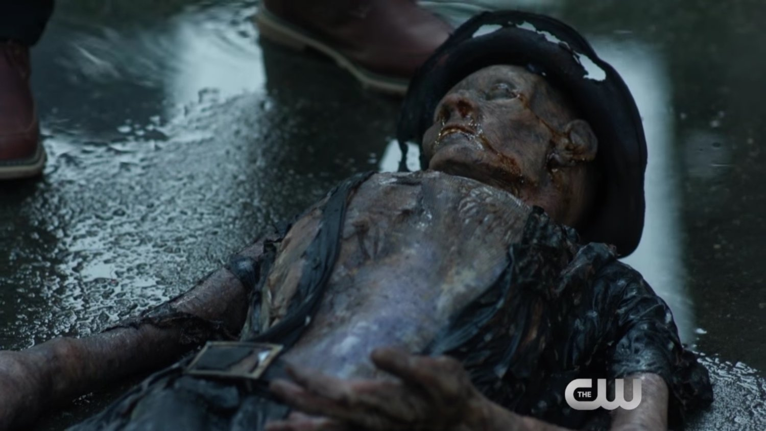 Flashpoint Is Revisited in Preview Clip From Tonight's Episode of THE FLASH