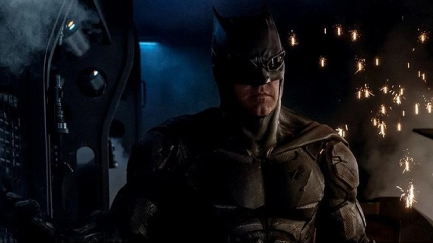 Get a Good Look at Batman's Tactical Suit in JUSTICE LEAGUE