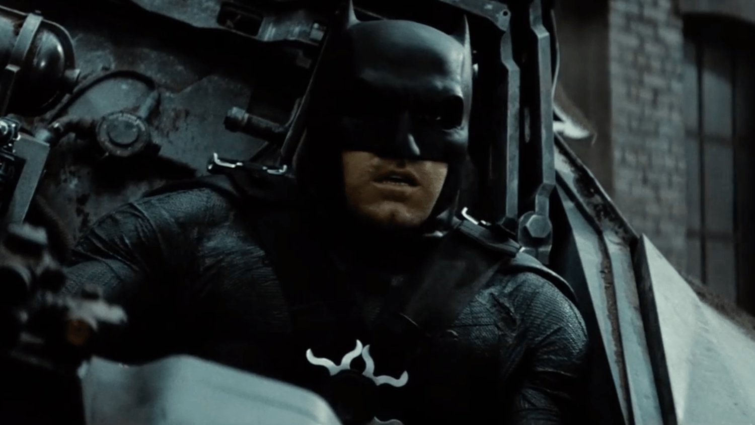 Matt Reeves Is Most Likely Going to Direct THE BATMAN Because He Was Offered the Job