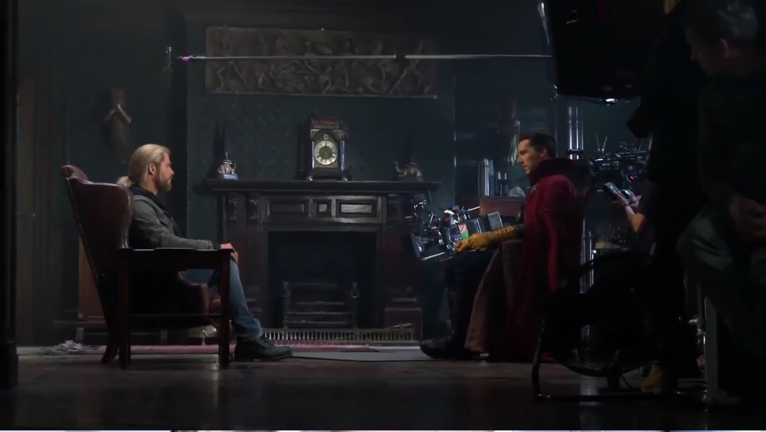 See How Thor's DOCTOR STRANGE Cameo Was Shot