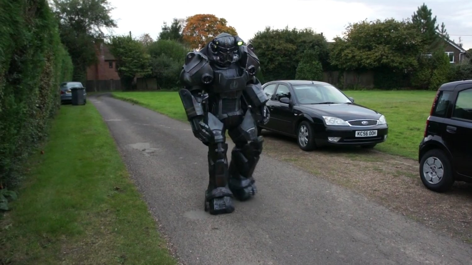 You Gotta See This Epic FALLOUT Power Armor In Action!