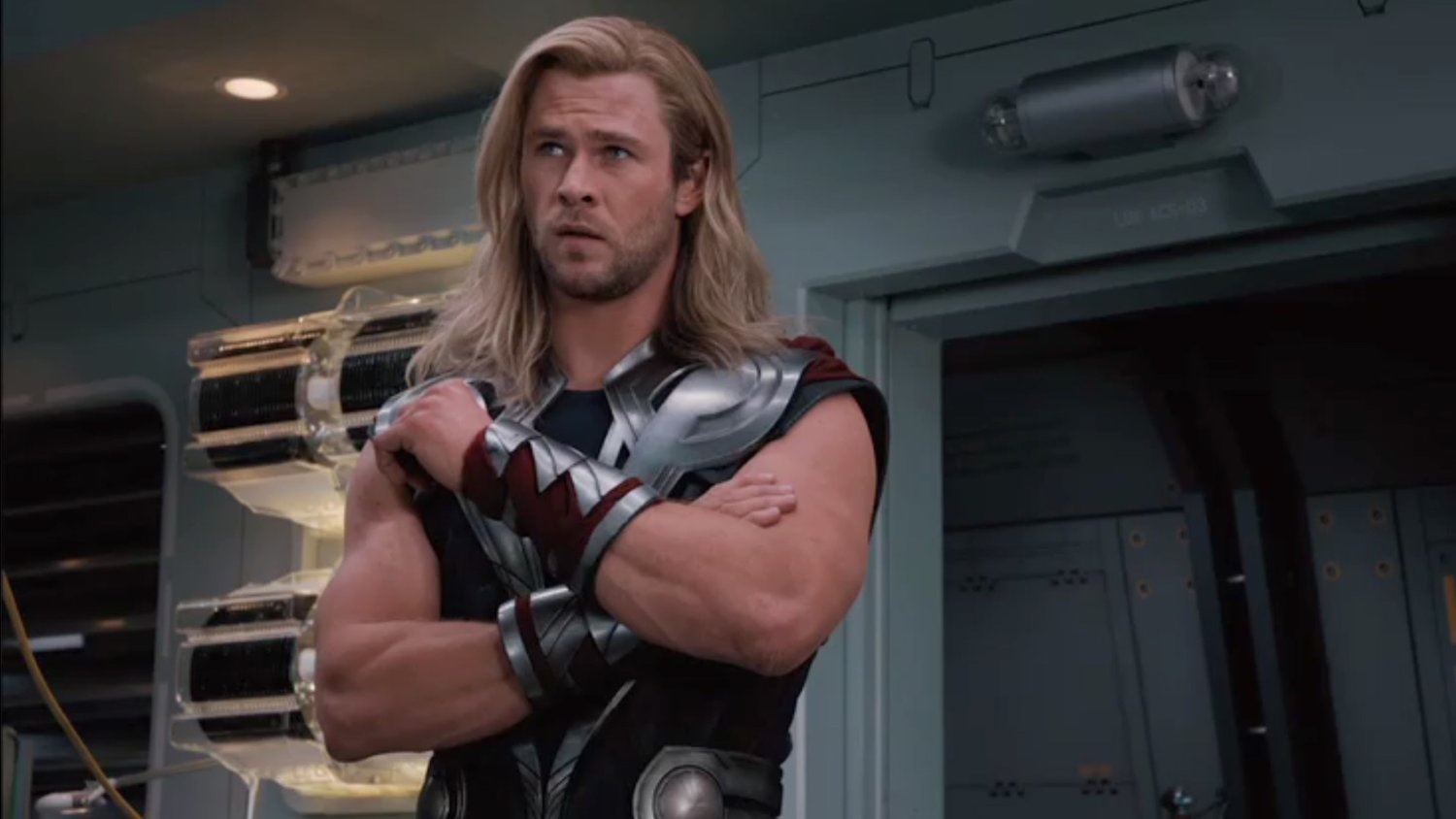 Tom Hiddleston Says THOR: RAGNAROK Will Feature the Funniest Depiction of Thor Yet