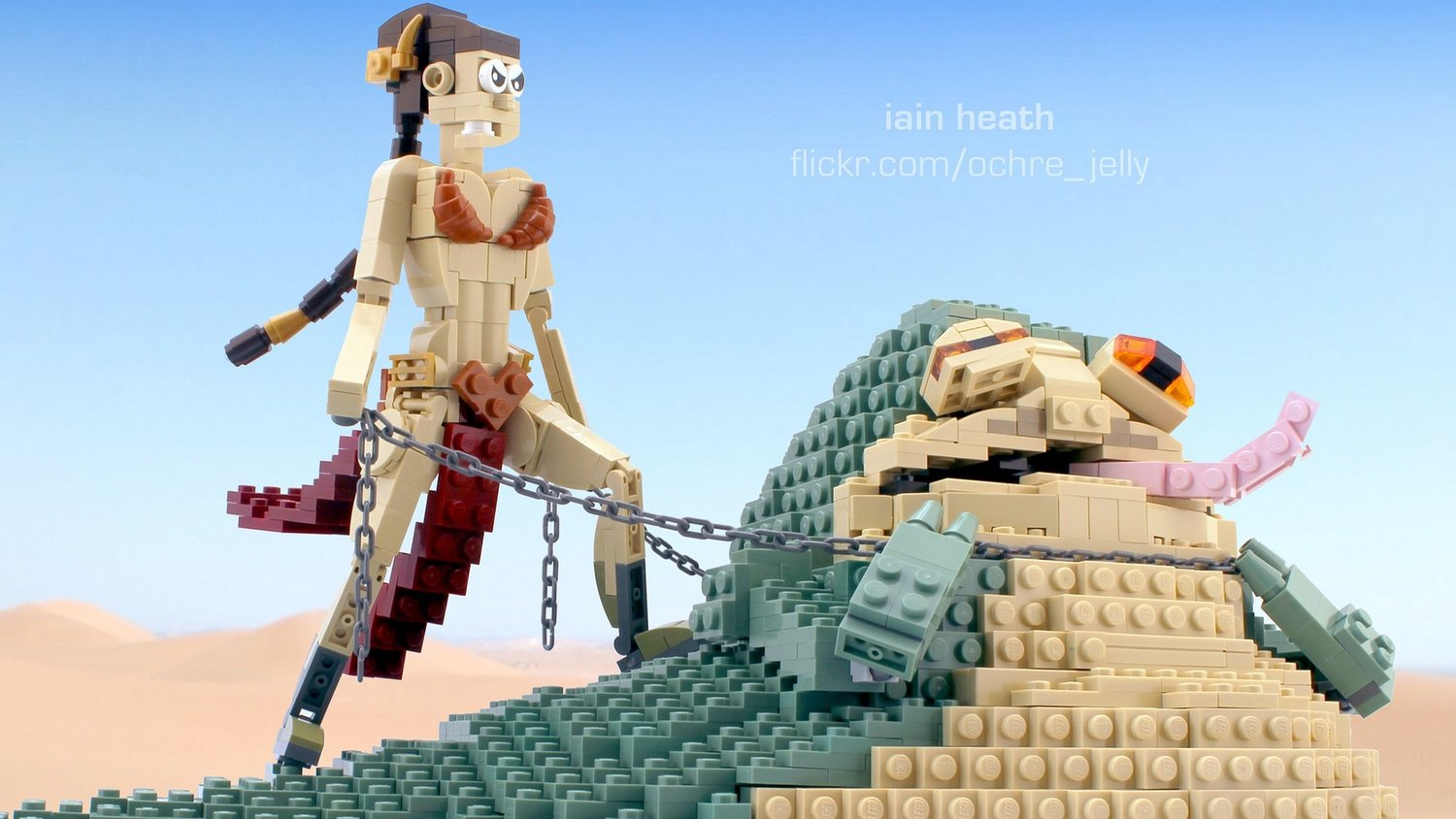 Princess Leia Amusingly Chokes Out Jabba the Hutt in Star Wars LEGO Build