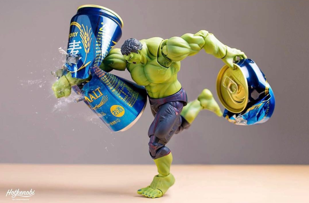 superheroes-smash-beer-cans-in-fun-action-figure-photography-series1