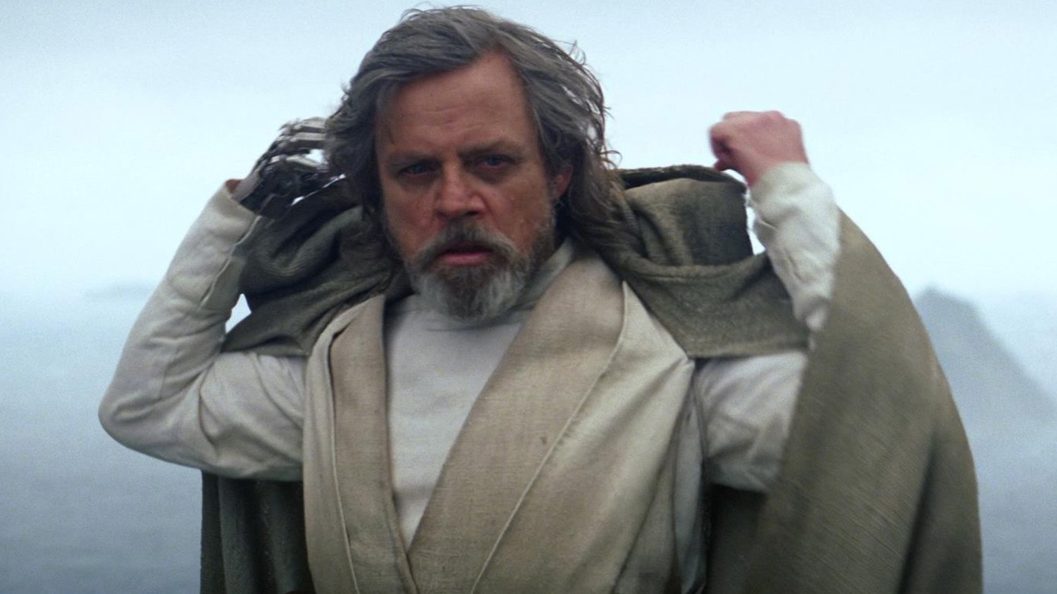 J.J. Abrams Thinks Mark Hamill Should Win an Oscar for His Work in THE LAST JEDI