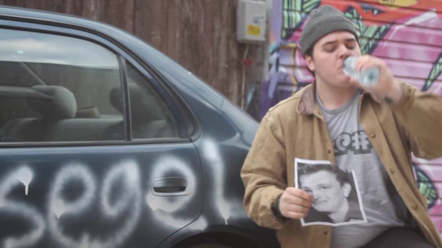 Remember That Guy Who Was Eating Pictures of Jason Segel's Face? He's Still Eating Them