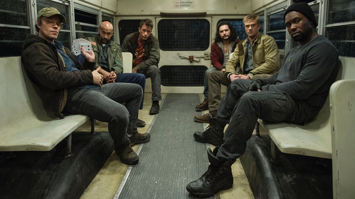 Another THE PREDATOR Cast Photo Includes Thomas Jane and Alfie Allen