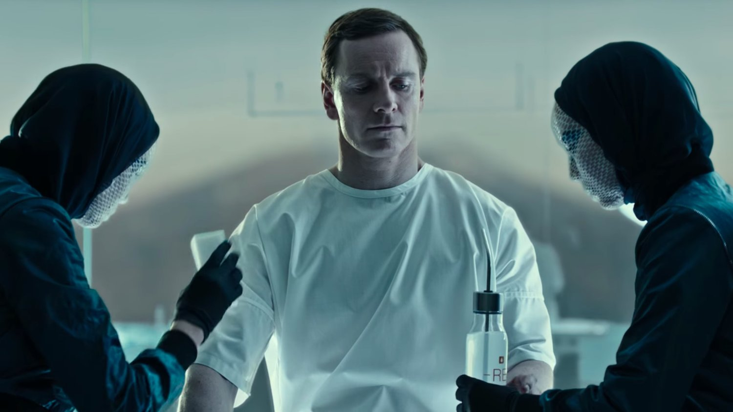 New ALIEN: COVENANT Promo Shows the Eerie Creation of Michael Fassbender's Walter