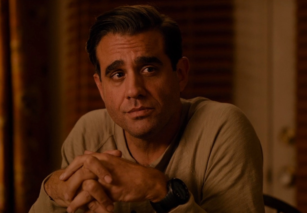 mr-robot-season-3-premiere-date-announced-and-bobby-cannavale-joins-the-series22