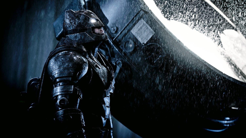 Fan-Made LOGAN-Style BATMAN V SUPERMAN Trailer