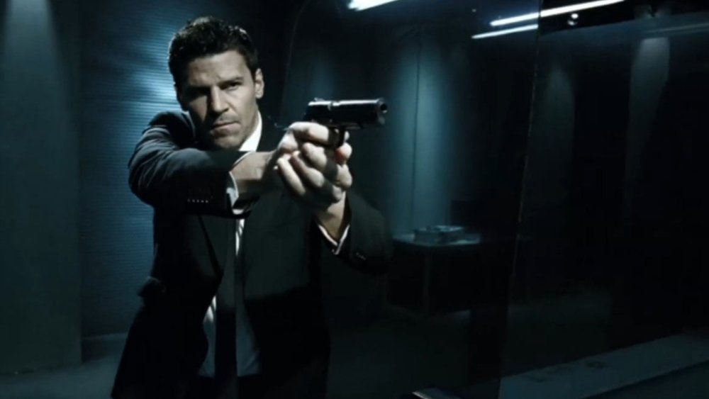 david-boreanaz-will-replace-jim-caviezel-as-the-lead-in-cbs-navy-seal-drama1