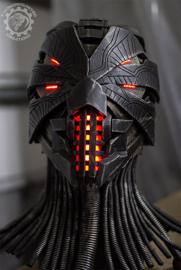 two_horns_erebus_helmet_mask_2.jpg