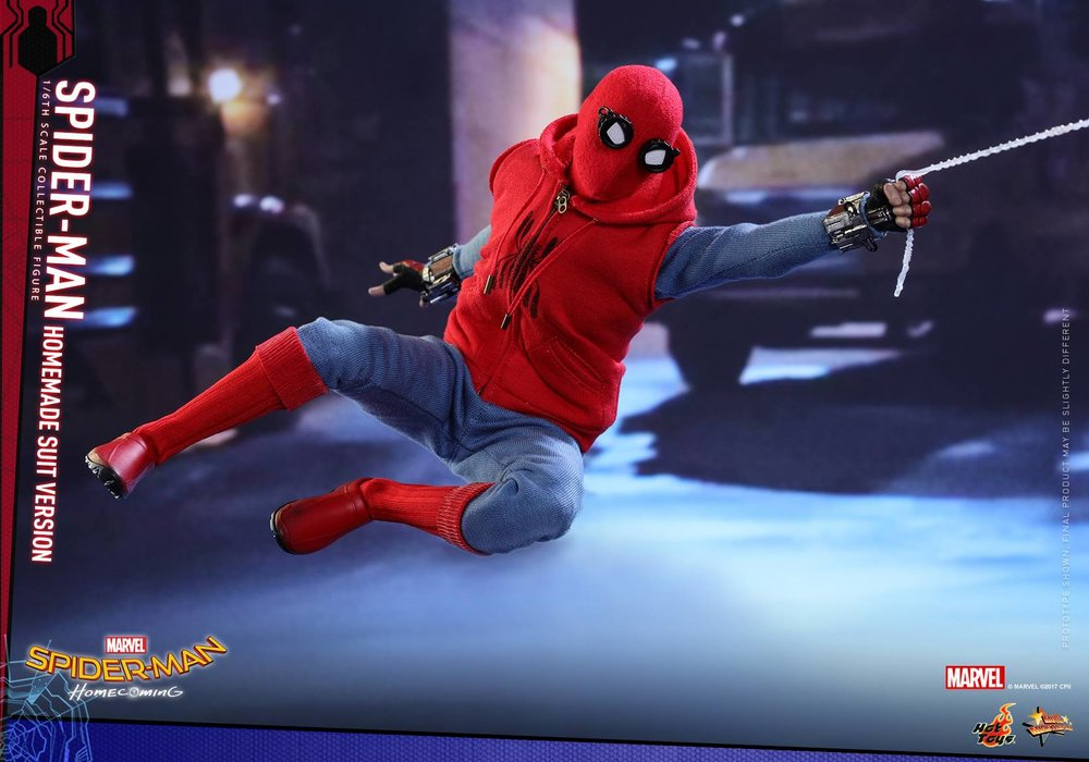 hot-toys-reveals-their-spider-man-homecoming-action-figure-of-spider-man-in-his-homemade-suit1