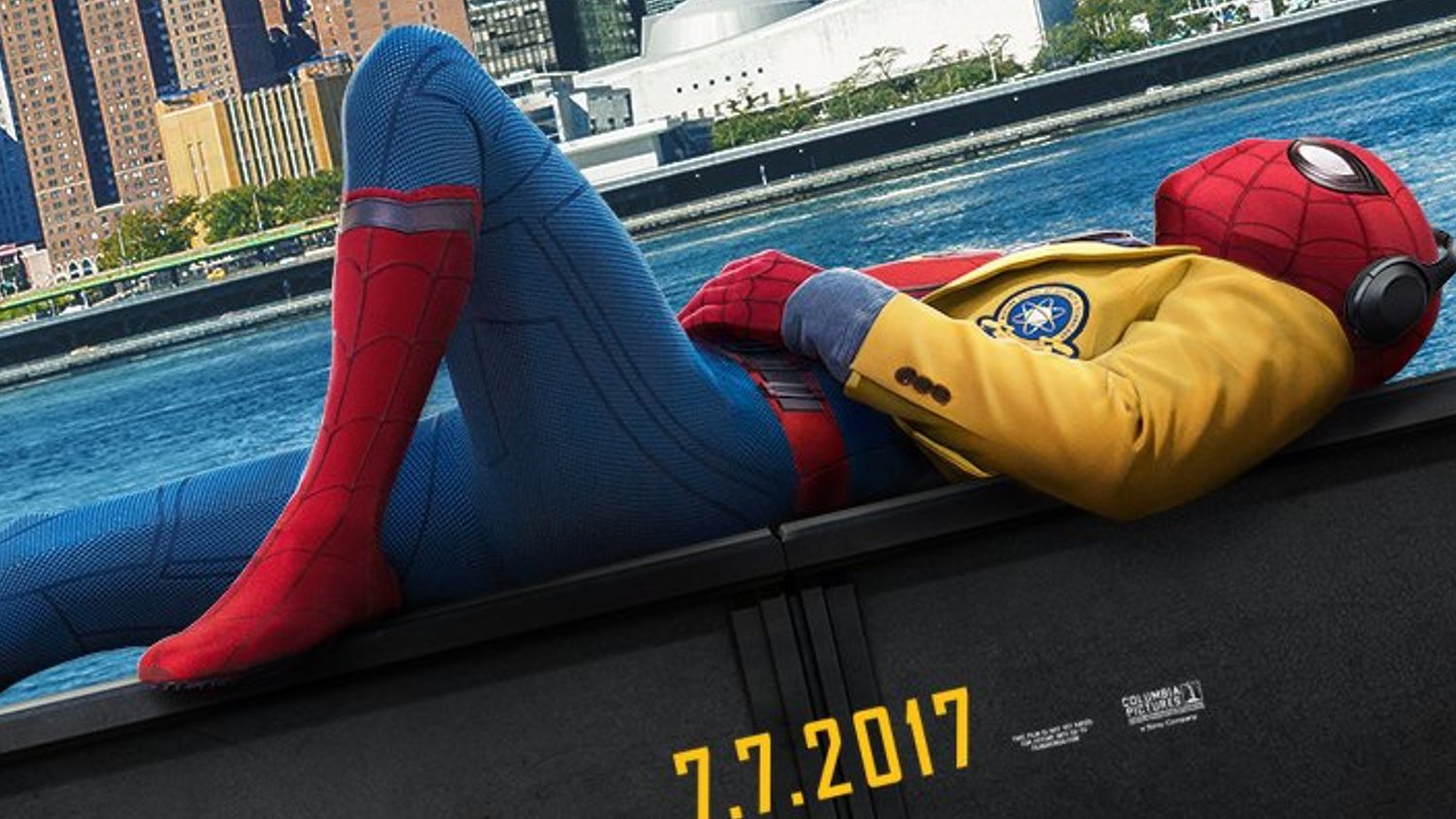 New SPIDER-MAN: HOMECOMING Poster Features Spider-Man Kickin' It in NYC
