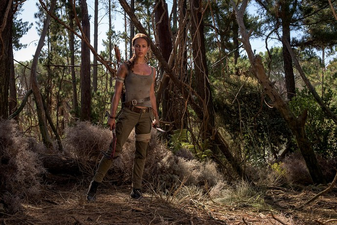 first-official-photos-of-alicia-vikander-as-lara-croft-in-tomb-raider1