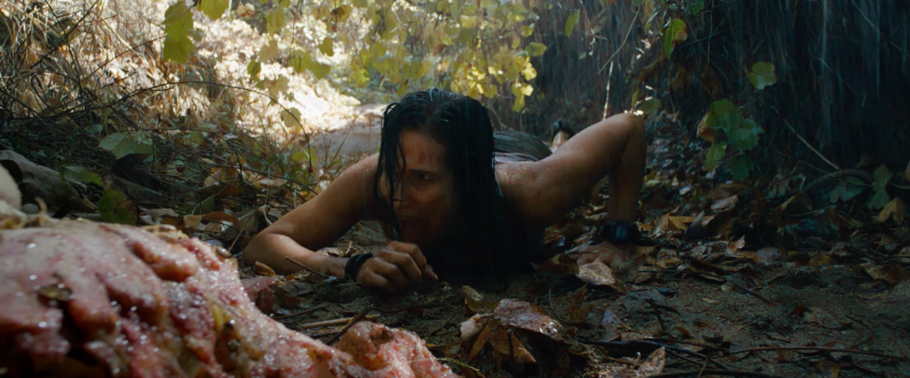 review-shallow-water-is-a-lean-mean-brutally-awesome-monster-movie33