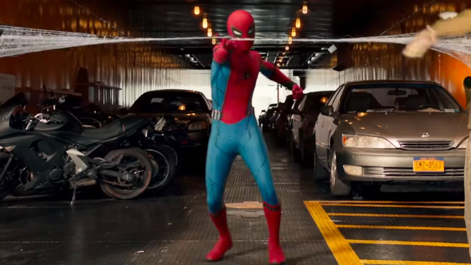 SPIDER-MAN: HOMECOMING - Easter Eggs and Other Things You May Have Missed