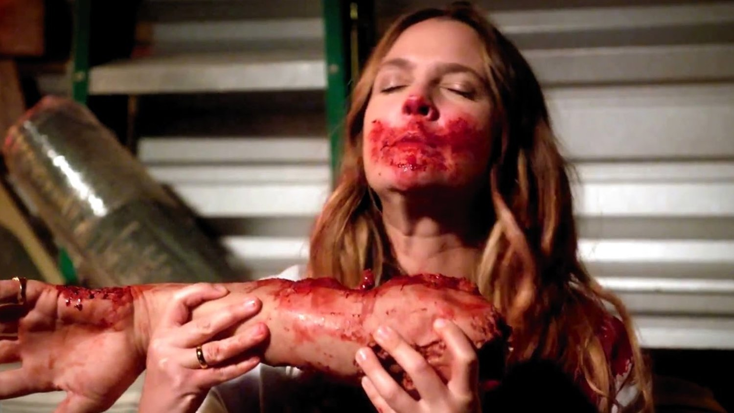 Netflix Renews Drew Barrymore's SANTA CLARITA DIET For a Second Season