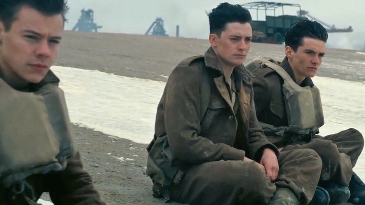 Christopher Nolan Explains that DUNKIRK is Not a War Film and Why It's His Most Human Film Yet