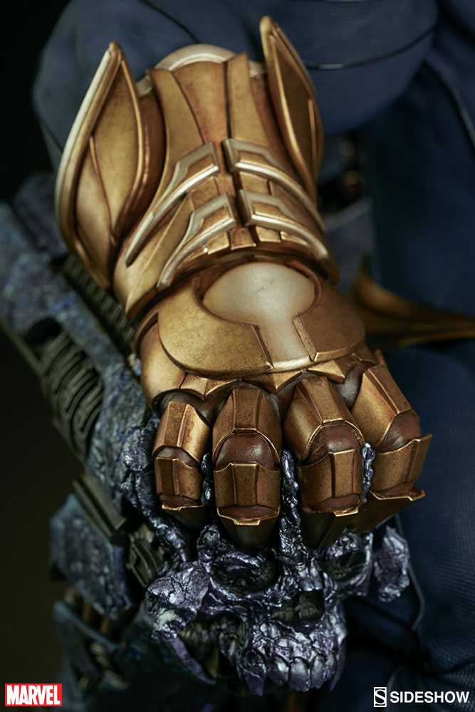 marvel-thanos-on-throne-maquette-300434-24.jpg