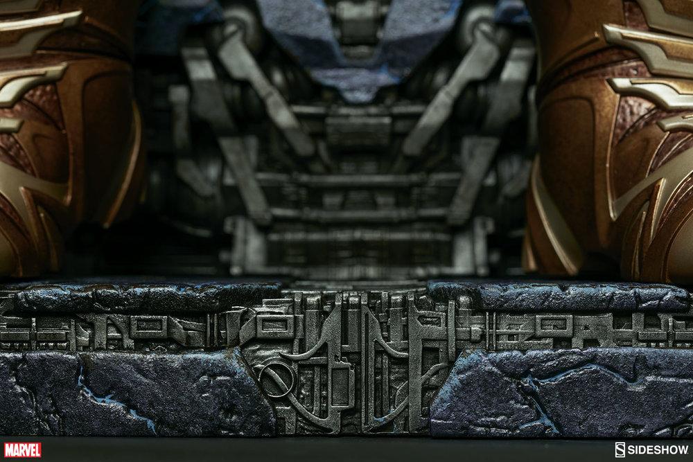 marvel-thanos-on-throne-maquette-300434-32.jpg