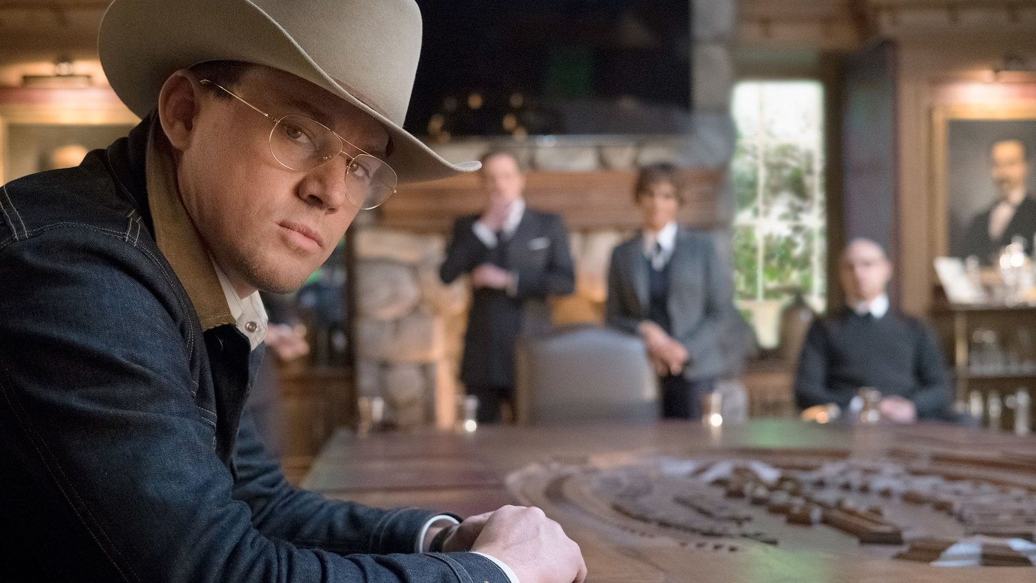 New KINGSMAN: THE GOLDEN CIRCLE Photos Give Us a First Look at Channing Tatum, Jeff Bridges and Halle Berry