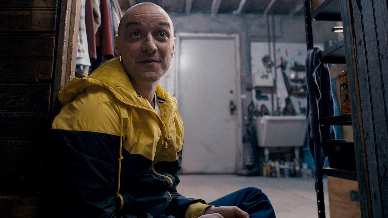 M. Night Shyamalan's SPLIT Gets an Honest Trailer
