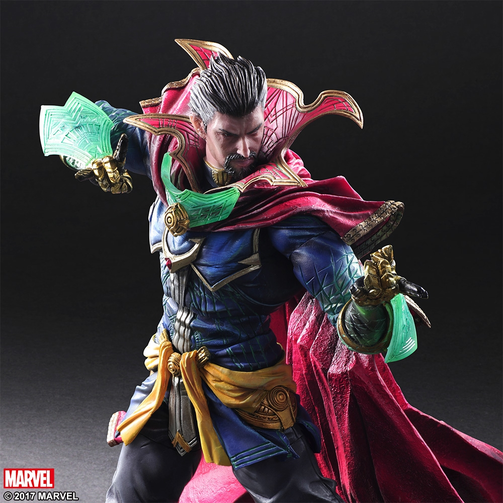 this-doctor-strange-action-figure-from-square-enix-is-badass