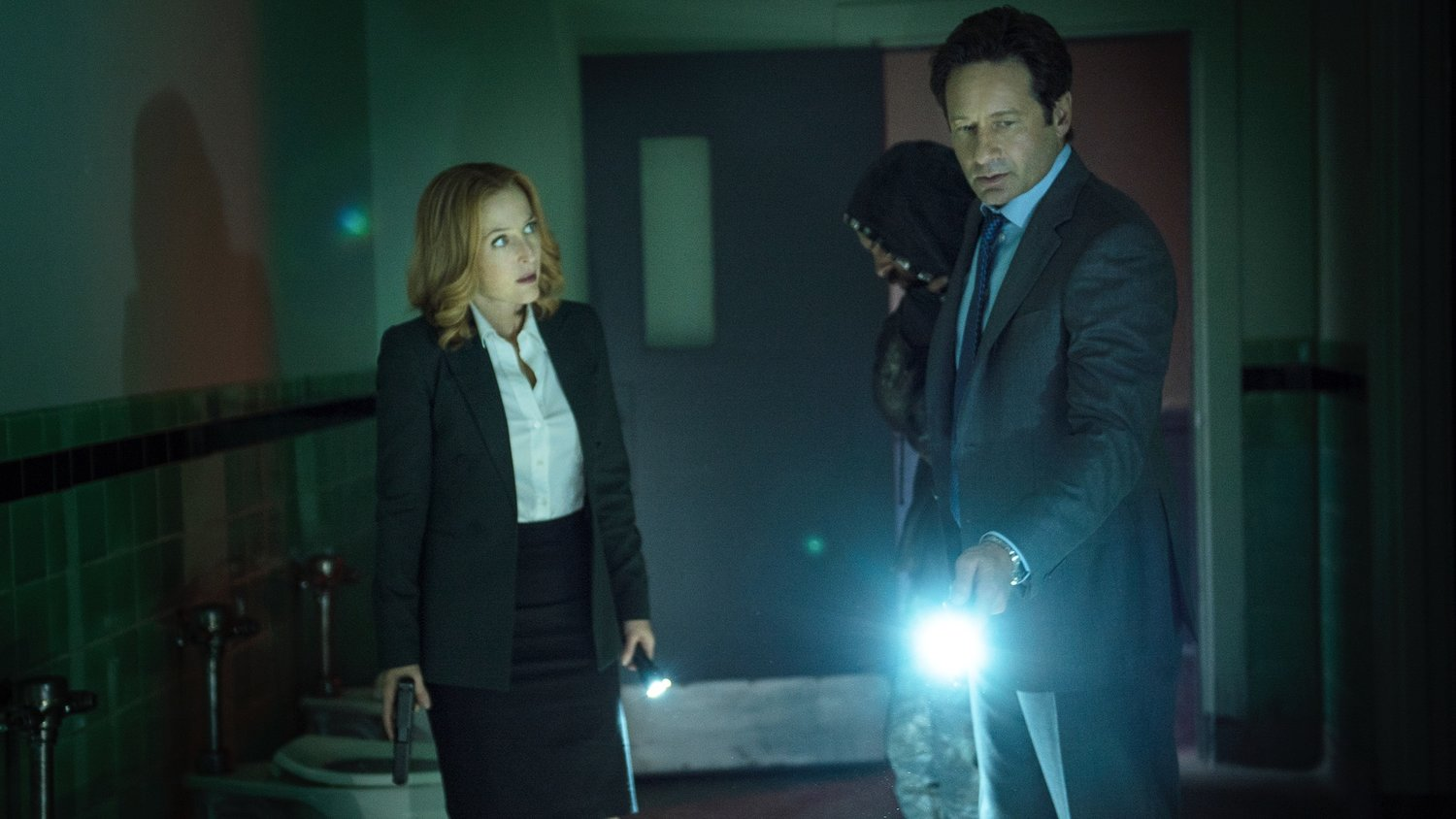 THE X-FILES Is Officially Coming Back For Another Season with 10-Episodes!