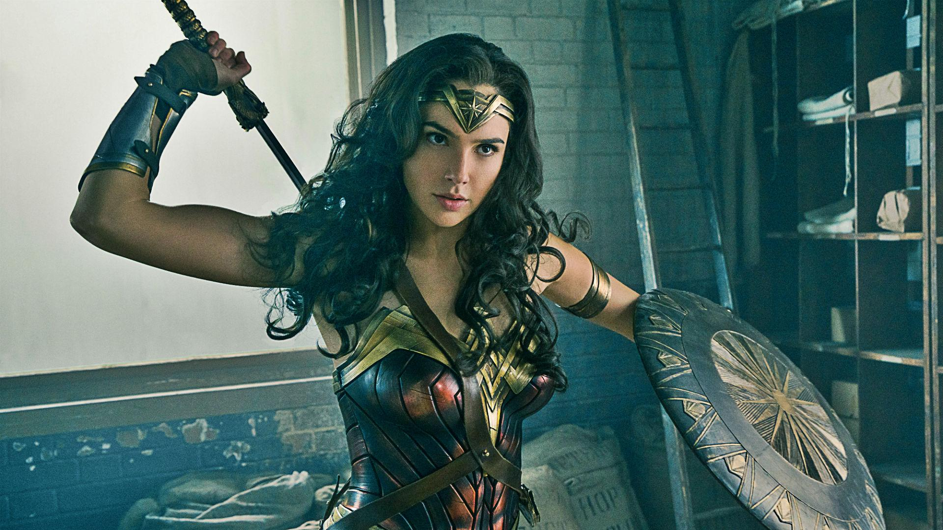 Diana Saves Steve Trevor From An Otherwise Fatal Bullet In A Fresh Clip For Wonder Woman Youve Seen Glimpses Of The Before Which Made Scene Look
