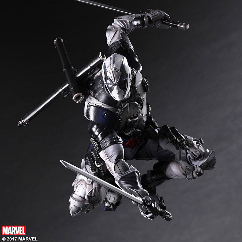 Play-Arts-Kai-X-Force-Deadpool-005.jpg