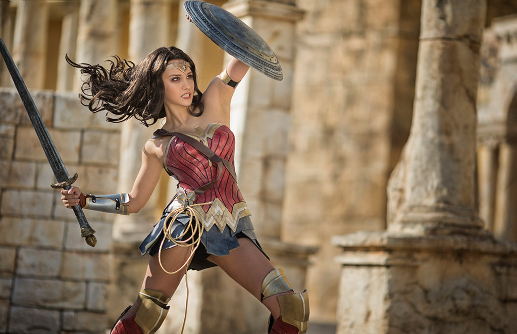 Stunning WONDER WOMAN Cosplayer is Wonder Woman! — GeekTyrant a7919d4c7e05