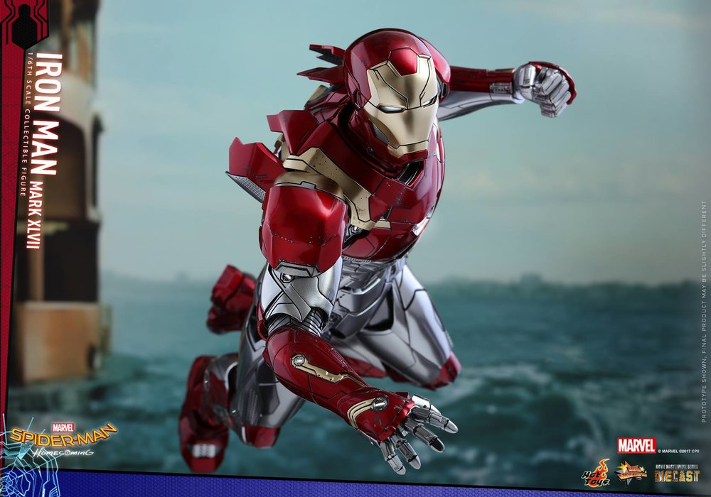 hot-toys-gives-us-our-best-look-yet-at-iron-mans-new-armor-in-spider-man-homecoming1