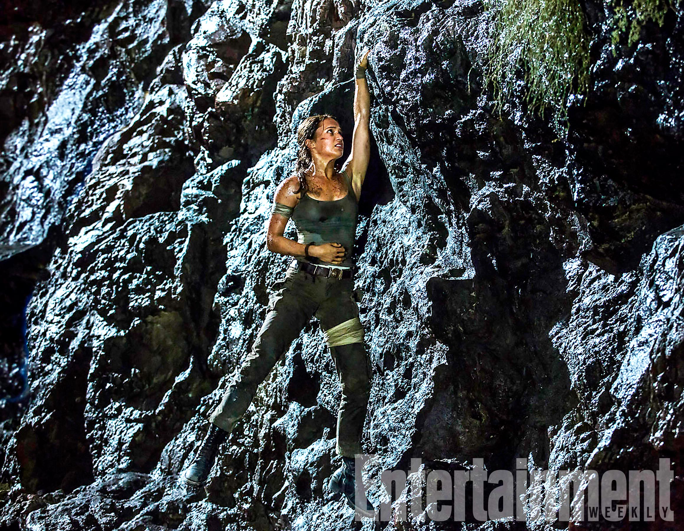 a2046177159375 I can t wait to see Alicia Vikander s Tomb Raider reboot! I love that she  was cast in the role of Lara Croft and today we have a new photo to share  ...