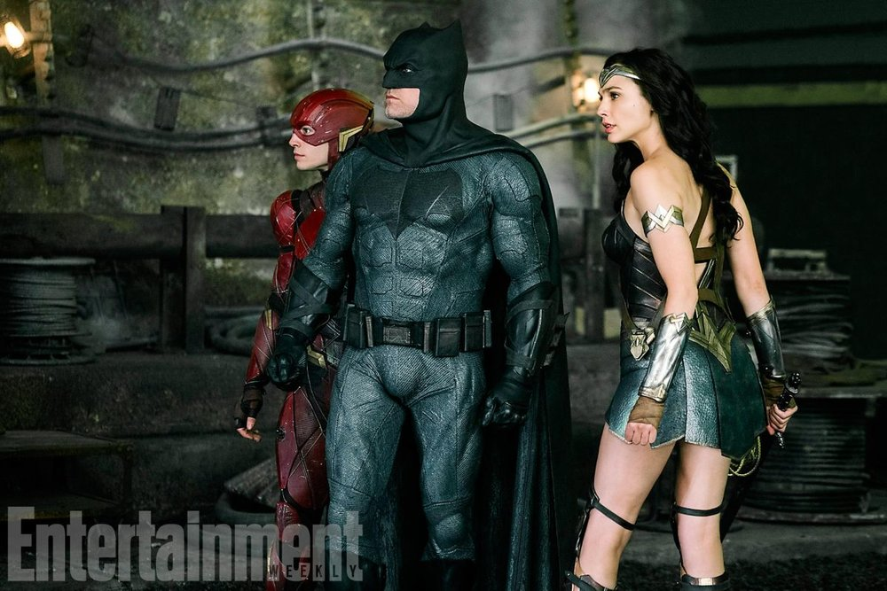 new-justice-league-photo-features-batman-wonder-woman-and-the-flash11