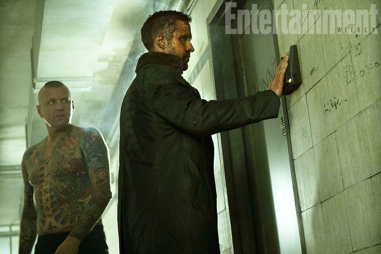 striking-new-photos-from-blade-runner-2049-and-the-importance-of-the-films-detail-is-discussed4