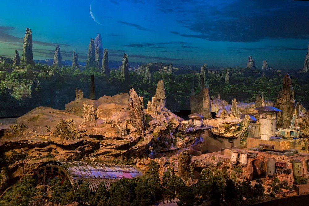 disney-reveals-incredibly-cool-full-star-wars-land-model-at-d23-expo6.jpeg
