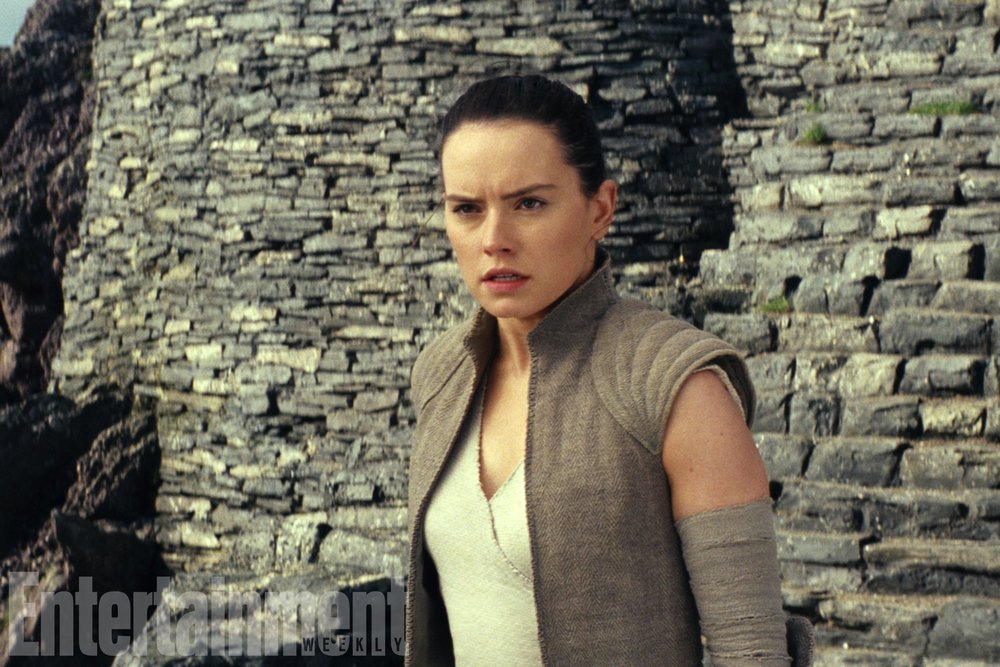 reys-parentage-really-isnt-that-important-in-the-last-jedi-and-well-learn-more-about-finns-past1