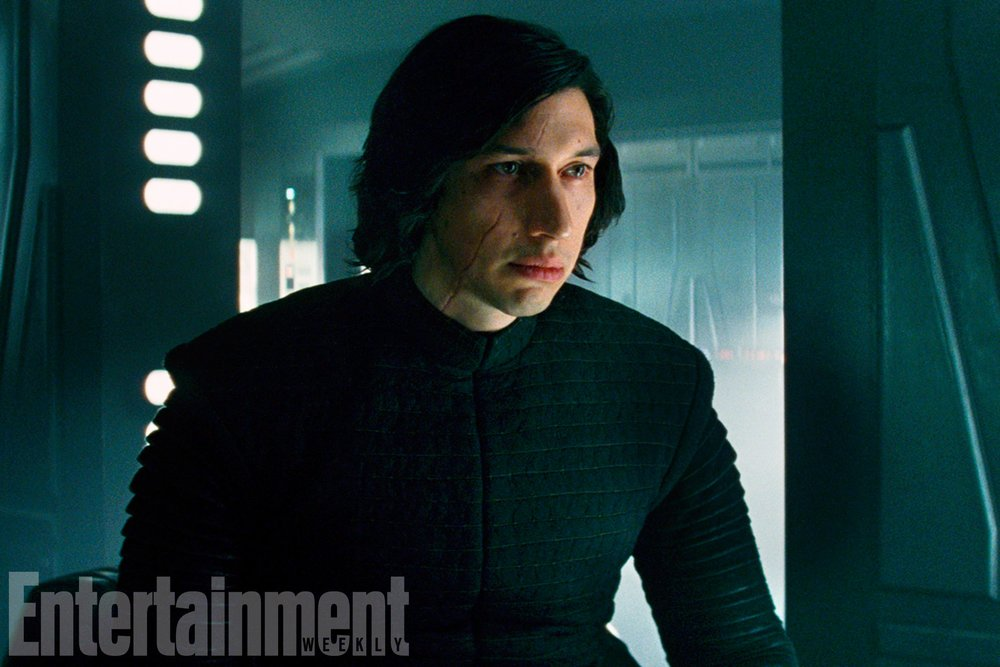 details-on-kylo-ren-and-reys-contempt-for-him-plus-captain-phasma-will-be-put-into-action