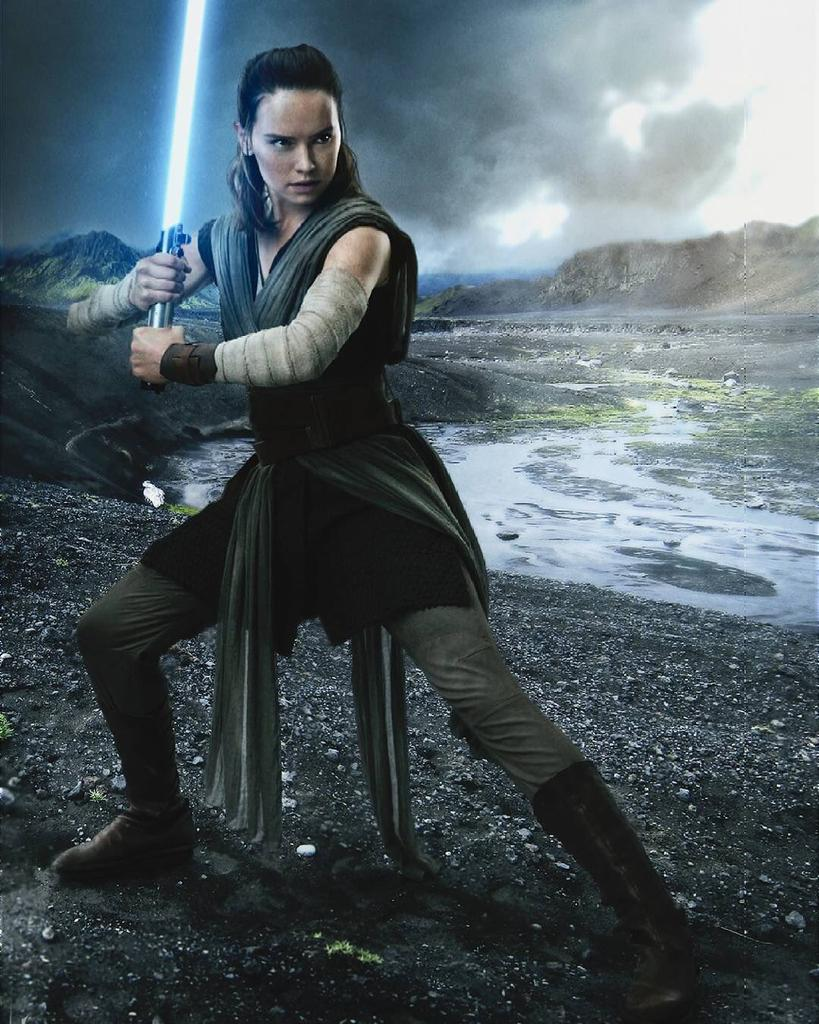 Topps Trading Cards Reveal New Image Of Rey And Reveal