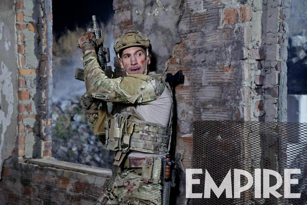 new-photo-from-marvels-the-punisher-features-frank-castle-as-a-us-marine1