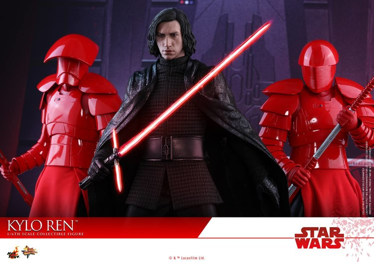 hot-toys-released-their-star-wars-the-last-jedi-kylo-ren-action-figure1